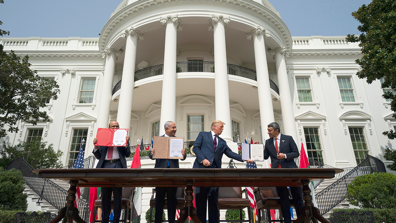Middle East Leaders Sign Deal