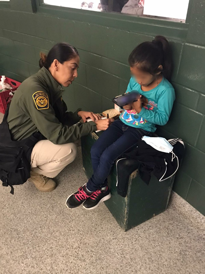 Bp Agents Encounter Lone 5 Year Old Child At Border
